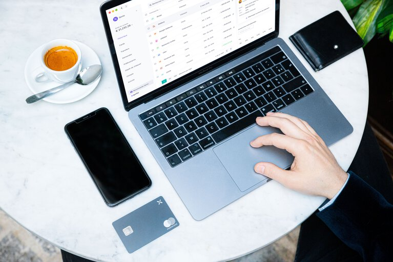 Integrate your accounting software to your business account